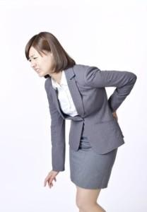 腰痛 ビジネス女性