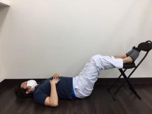 仰向け体操1